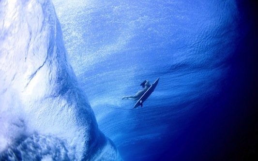 photo luciagriggiunderwatersurfers4_zpse06739f2.jpg