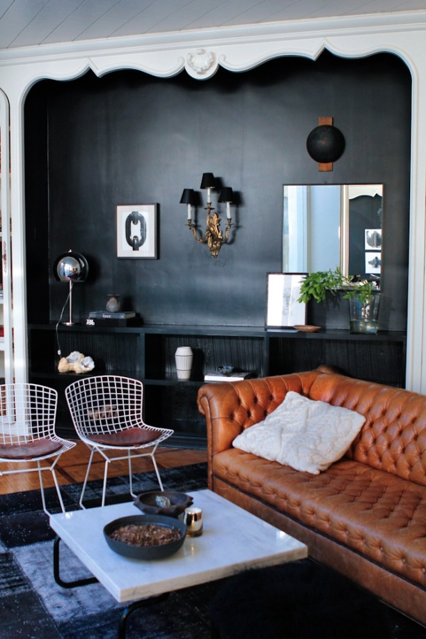 nate_berkus_jeremiah_brent_modern_home_leather_tufted_sofa_interior_design-3-1